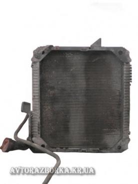 Радиатор двигателя Mercedes-Benz