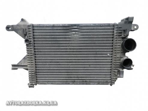 Радиатор интеркулера Mercedes-Benz