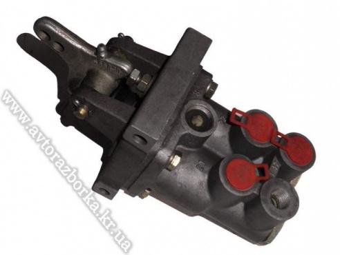 Ножной тормозной кран Iveco