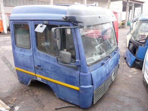 Кабина Mercedes-Benz 809-1524 спальная